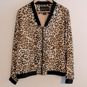 Forever 21+ chiffon lined leap off print jacket